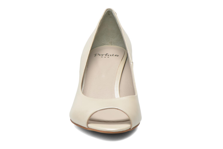 Escarpins Perlato Poshy Beige vue portées chaussures