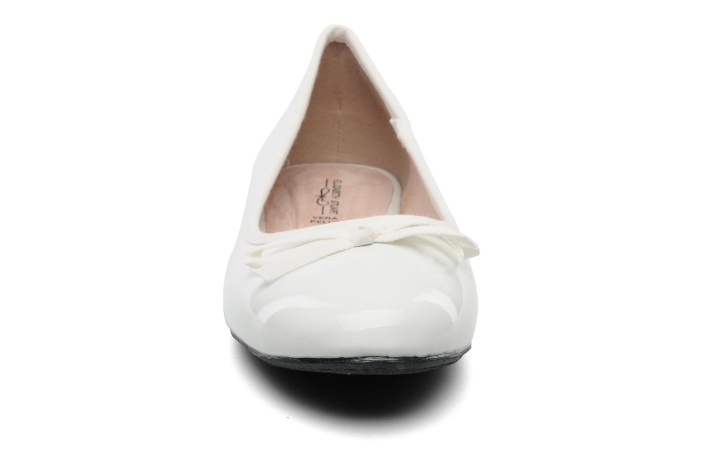 Ballerines Elizabeth Stuart Castel 813 Blanc vue portées chaussures