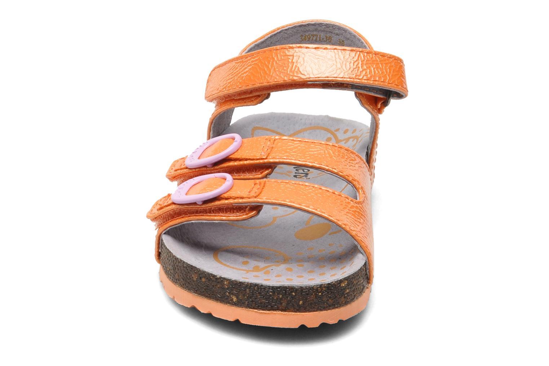Sandales et nu-pieds Kickers Magipop Orange vue portées chaussures
