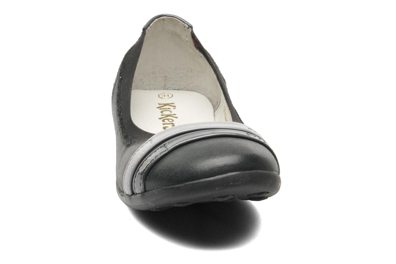 Ballerines Kickers Amberi Gris vue portées chaussures