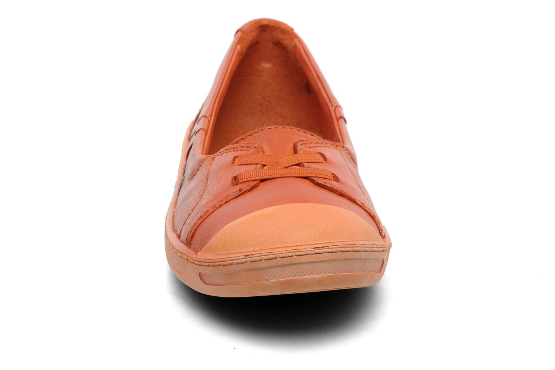 Ballerines Kickers Karenine Orange vue portées chaussures