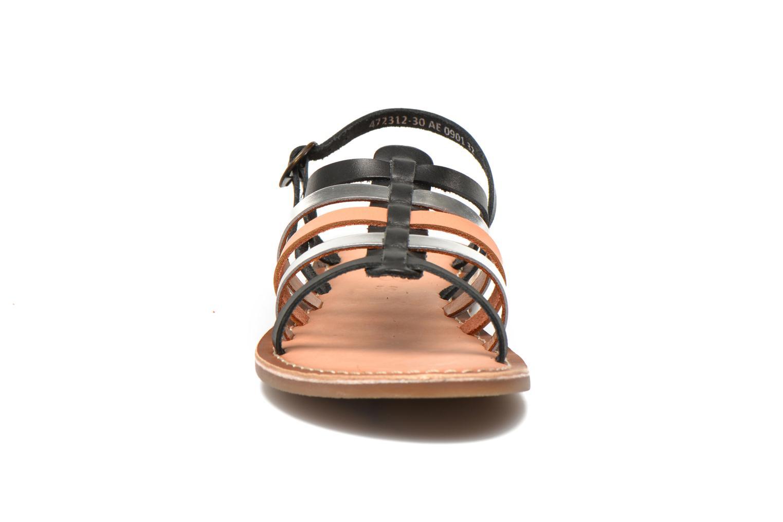 Sandaler Kickers Dixmillion Sort se skoene på