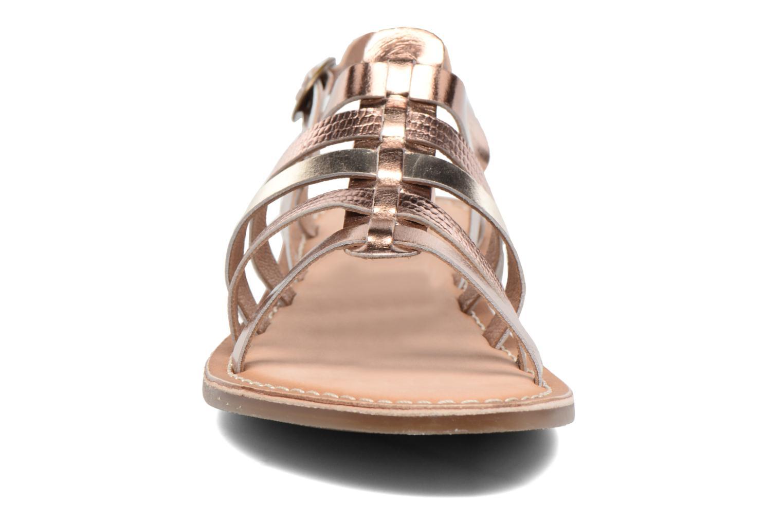 Sandaler Kickers Dixmillion Guld og bronze se skoene på