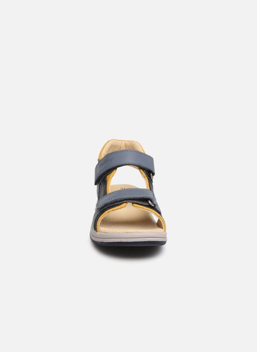 Sandalen Kickers Platino blau schuhe getragen