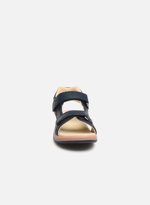 Sandales et nu-pieds Kickers Platino Bleu vue portées chaussures