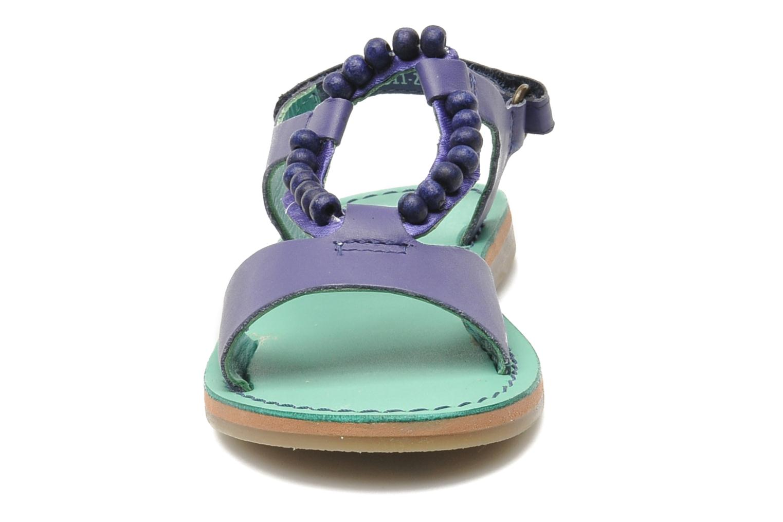 Sandales et nu-pieds Kickers Paprika Violet vue portées chaussures