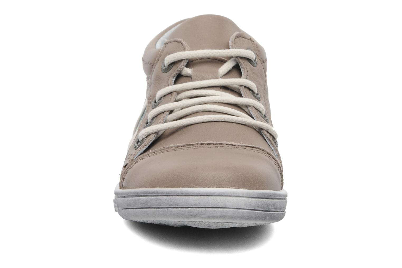 Baskets Kickers Transfix Gris vue portées chaussures