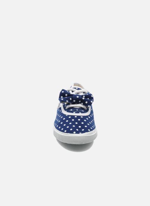 Sneaker Startas Polka Dots blau schuhe getragen