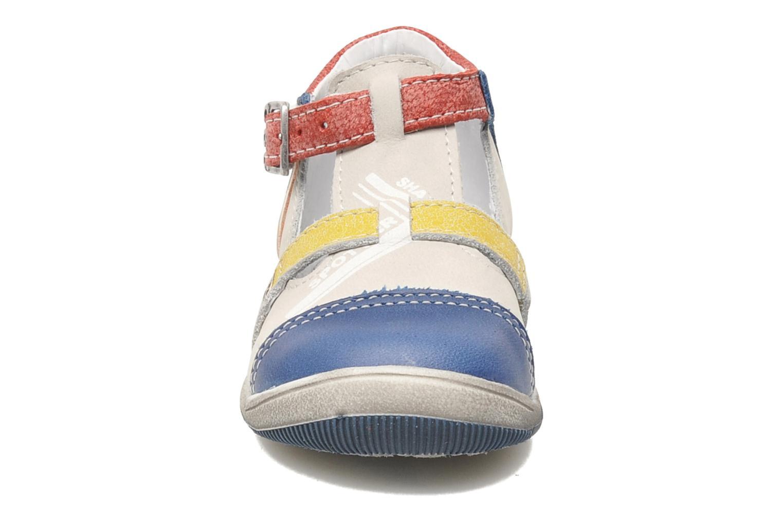 Sandals GBB GEO Grey model view