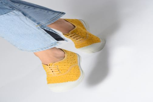 Sneakers Bensimon Tennis Broderie Anglaise Arancione immagine dal basso