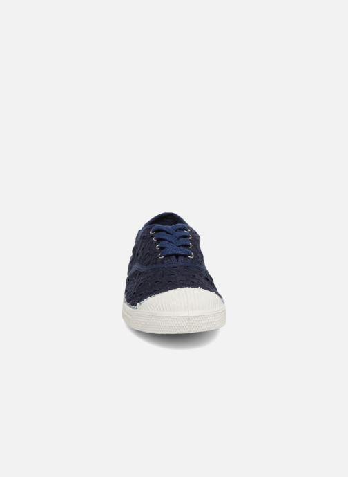 Sneakers Bensimon Tennis Broderie Anglaise Azzurro modello indossato