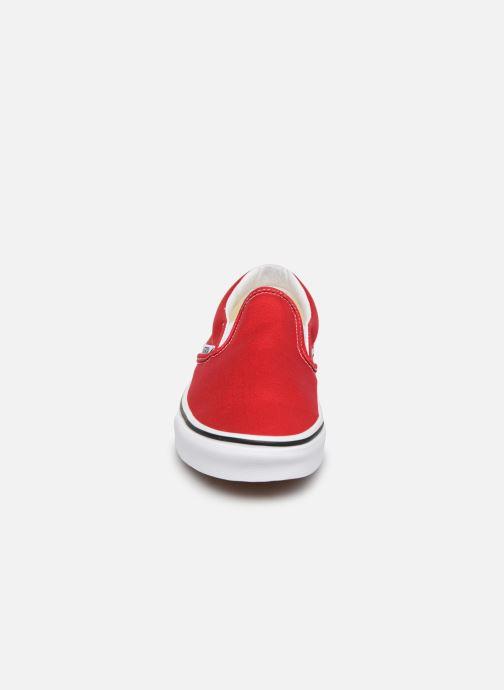 Baskets Vans Classic Slip-On W Rouge vue portées chaussures