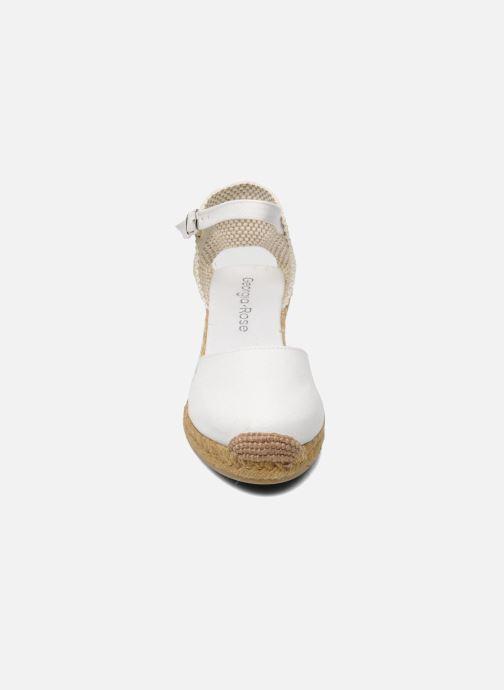 Sandali e scarpe aperte Georgia Rose Ipona Bianco modello indossato
