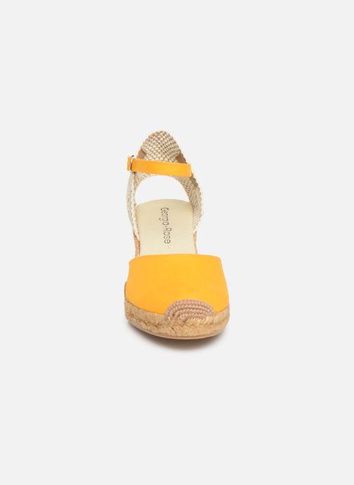Sandales et nu-pieds Georgia Rose Ipona Jaune vue portées chaussures