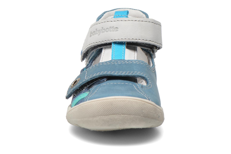 Chaussures à scratch Babybotte STYLI Bleu vue portées chaussures