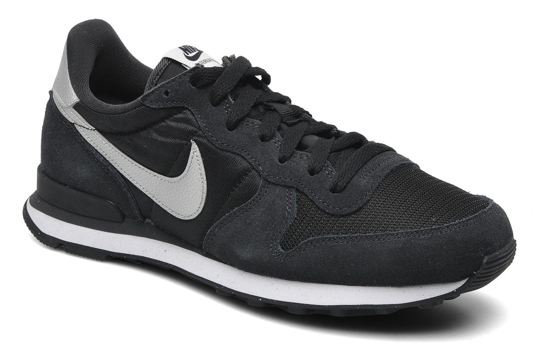 Nike Nike Internationalist (Noir) Baskets chez Sarenza (199084)