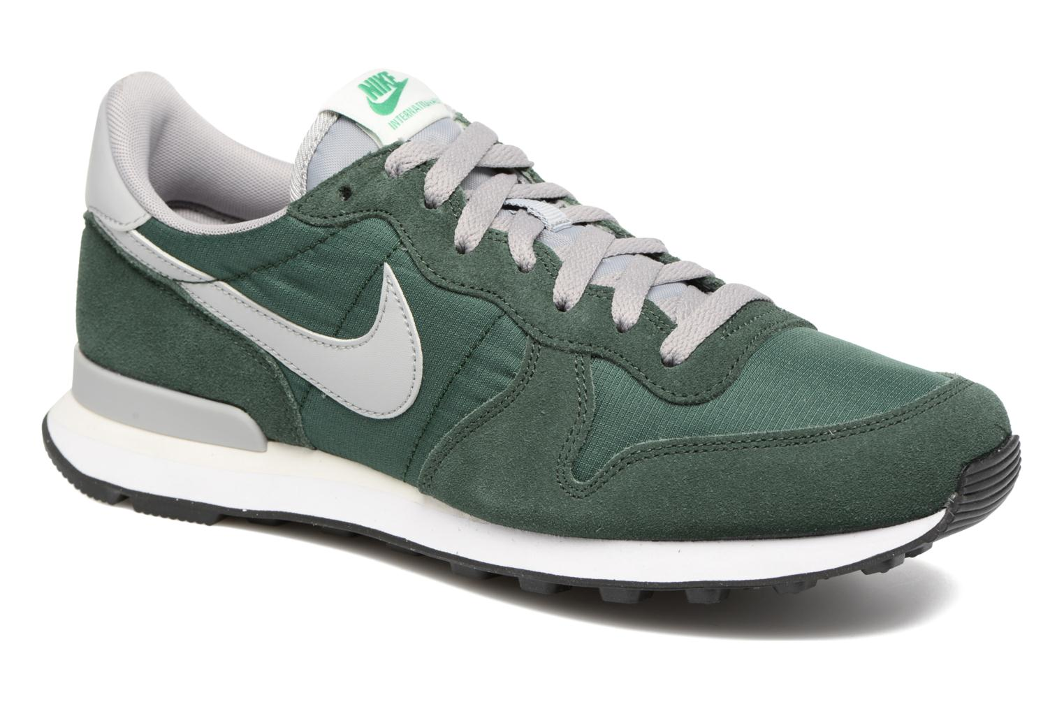 ... great site for all sneakers half off d272a 56d65 Baskets Nike Nike Internationalist Vert vue détailpaire ...