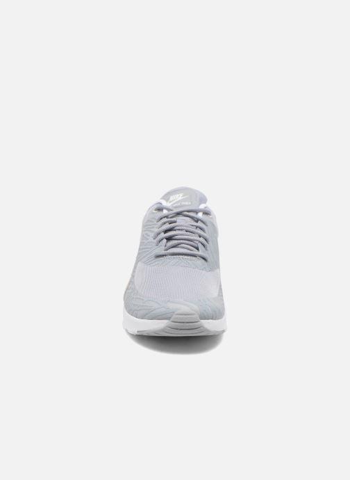 Baskets Nike Wmns Nike Air Max Thea Print Gris vue portées chaussures