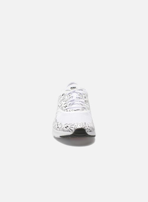 Baskets Nike Wmns Nike Air Max Thea Print Blanc vue portées chaussures