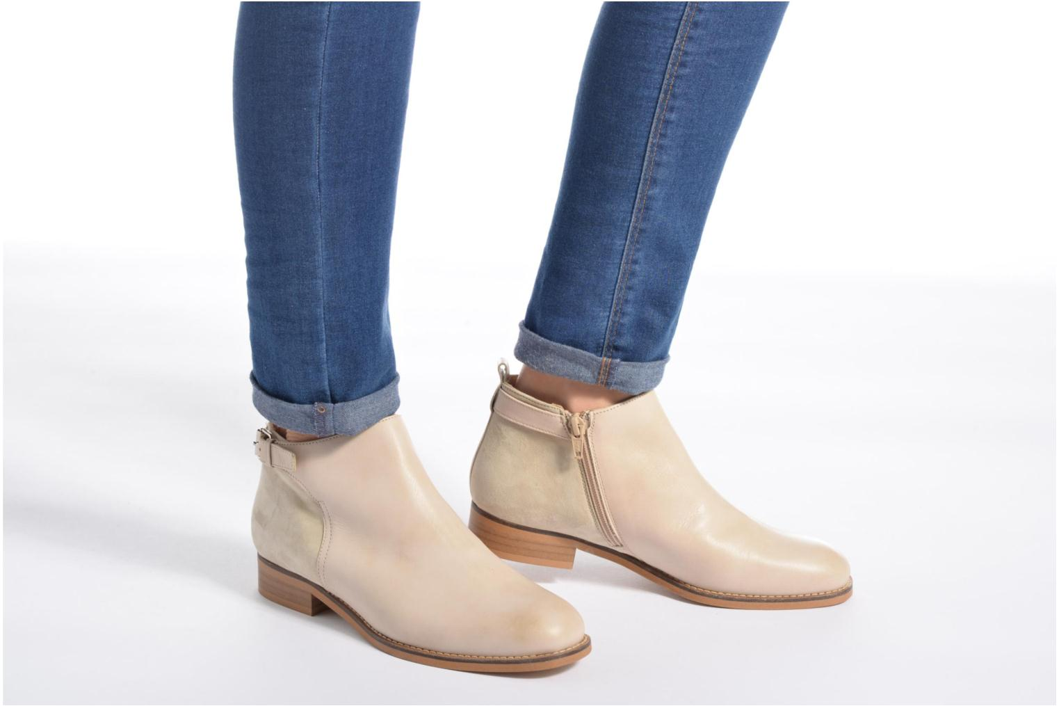Bottines et boots Georgia Rose Tatouille Beige vue bas / vue portée sac