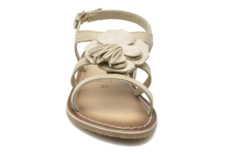Sandalen Bopy FERIDA beige schuhe getragen