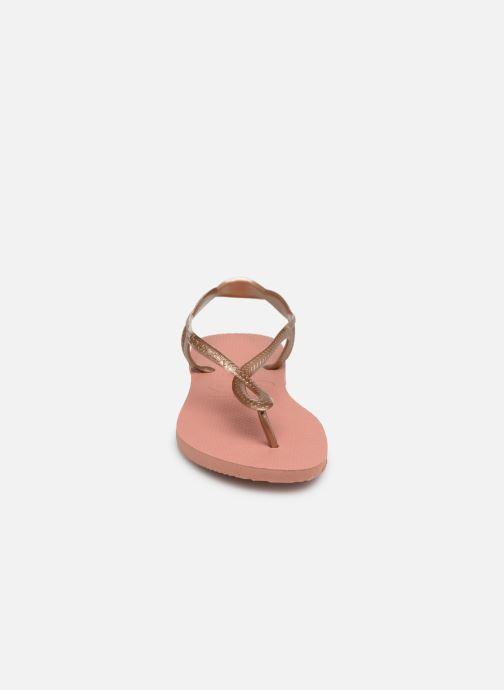 Sandales et nu-pieds Havaianas Luna Rose vue portées chaussures