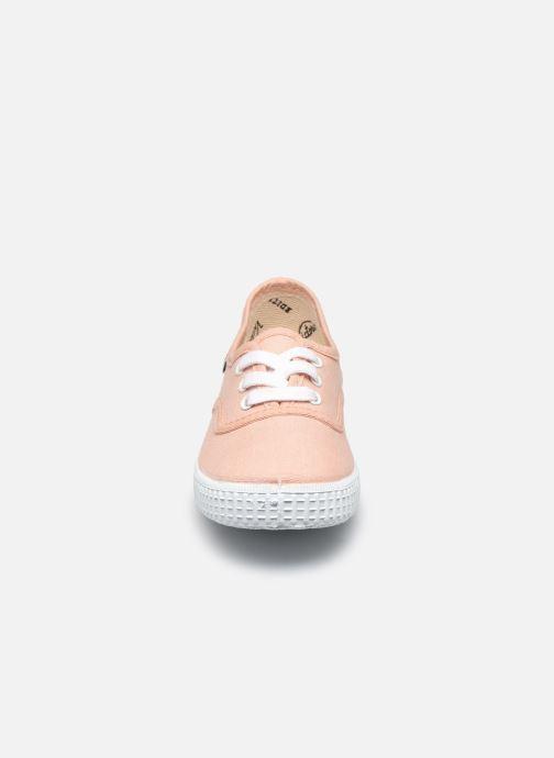 Baskets Victoria Inglesa Lona Beige vue portées chaussures