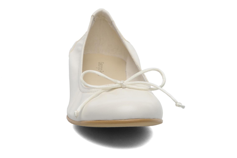 Ballerines Georgia Rose Timima Blanc vue portées chaussures