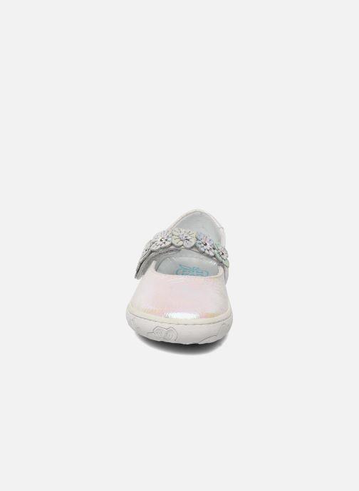 Ballerine Pom d Api MAPLE VELCRO SANDAL Bianco modello indossato