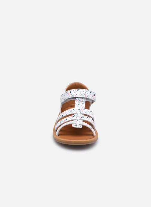 Sandali e scarpe aperte Pom d Api POPPY STRAP Bianco modello indossato