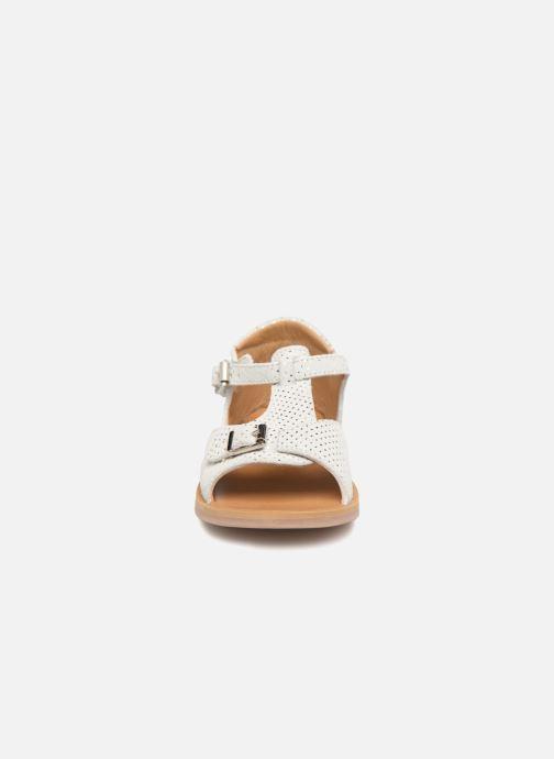 Sandales et nu-pieds Pom d Api POPPY BUCKLE Blanc vue portées chaussures