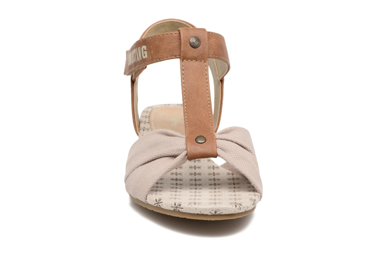 Sandales et nu-pieds Mustang shoes Beibei Beige vue portées chaussures