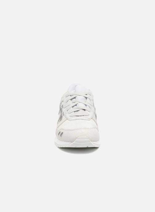 Baskets Asics Gel-Lyte III W Gris vue portées chaussures