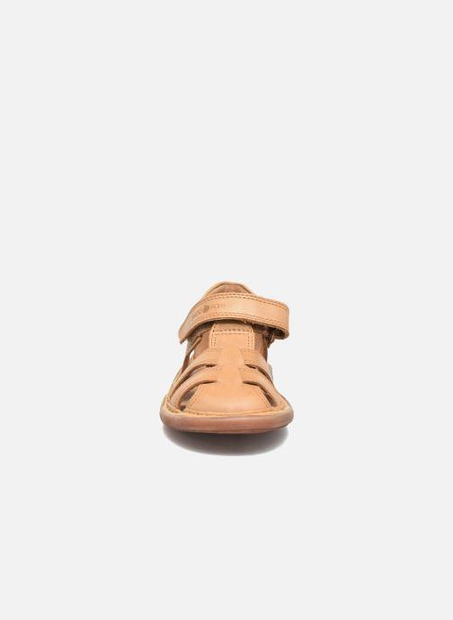 Sandalen Shoo Pom Crespin Tonton braun schuhe getragen