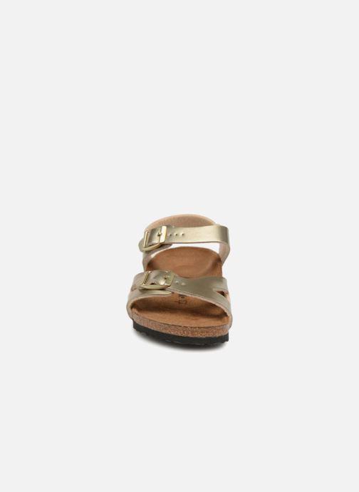 Sandali e scarpe aperte Birkenstock Rio Plain Birko Flor Oro e bronzo modello indossato