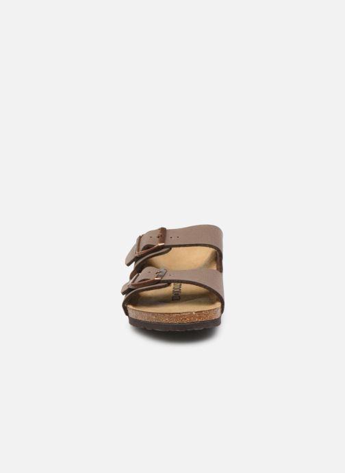 Sandales et nu-pieds Birkenstock ARIZONA Birko-Flor Marron vue portées chaussures