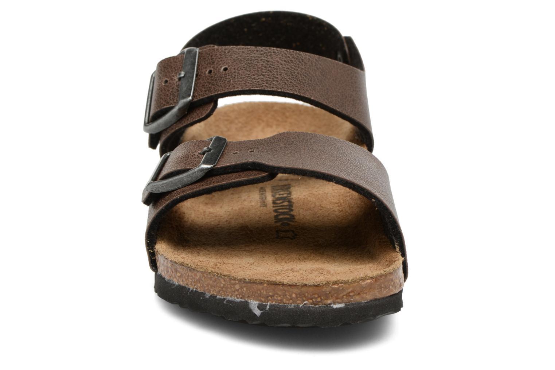 Sandales et nu-pieds Birkenstock New York Birko Flor Marron vue portées chaussures