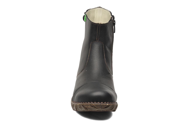 Bottines et boots El Naturalista Yggdrasil N148 Noir vue portées chaussures