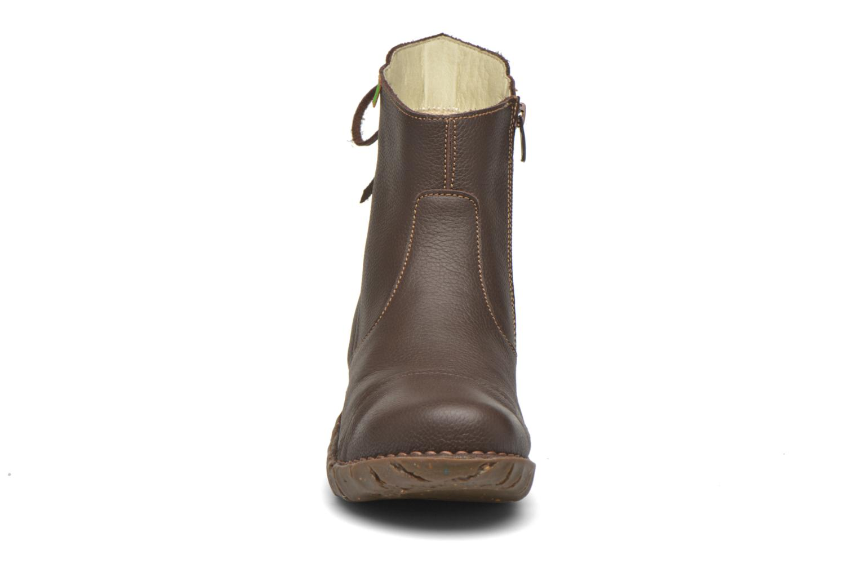 Bottines et boots El Naturalista Yggdrasil N148 Marron vue portées chaussures