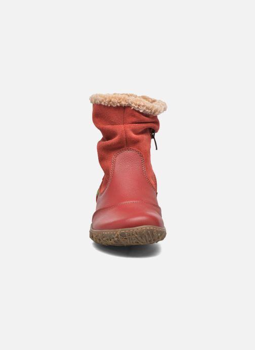 Stivaletti e tronchetti El Naturalista Nido Ella N758 Rosso modello indossato