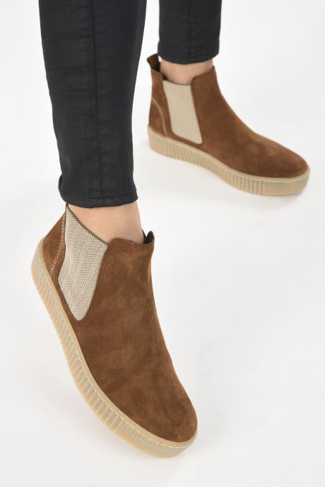 Bottines et boots Gabor Maya Marron vue bas / vue portée sac