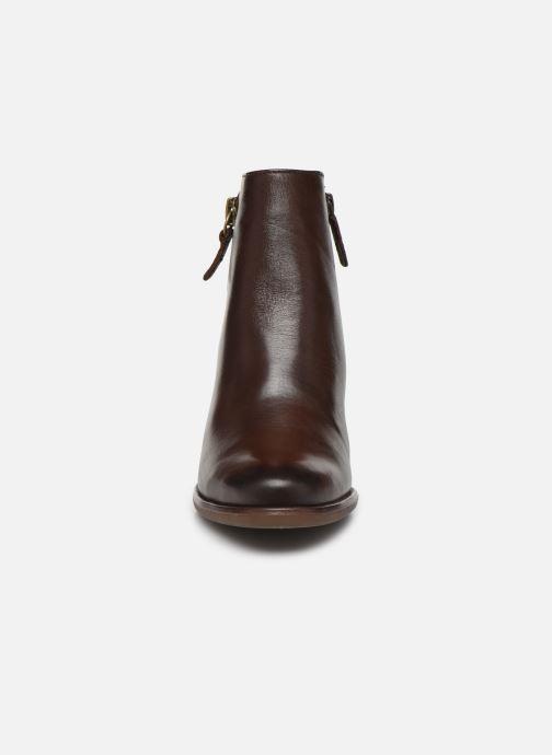 Bottines et boots Tamaris Troxli Marron vue portées chaussures