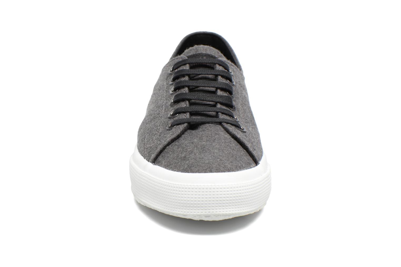 Baskets Superga 2750 Fabric Wool M Gris vue portées chaussures
