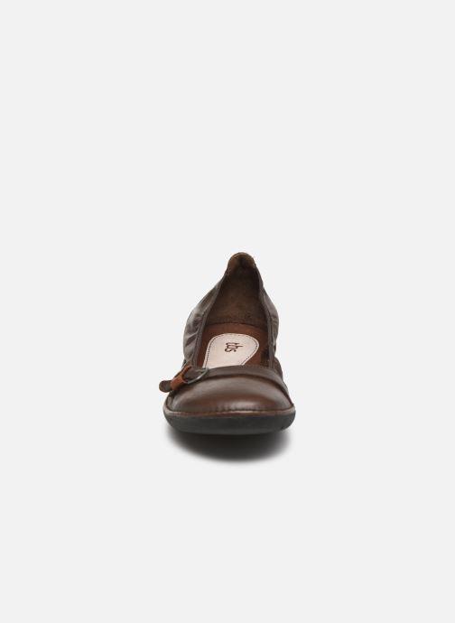 Ballerines TBS Maline Marron vue portées chaussures