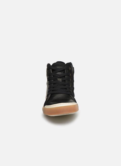 Sneakers Bisgaard Geo Nero modello indossato