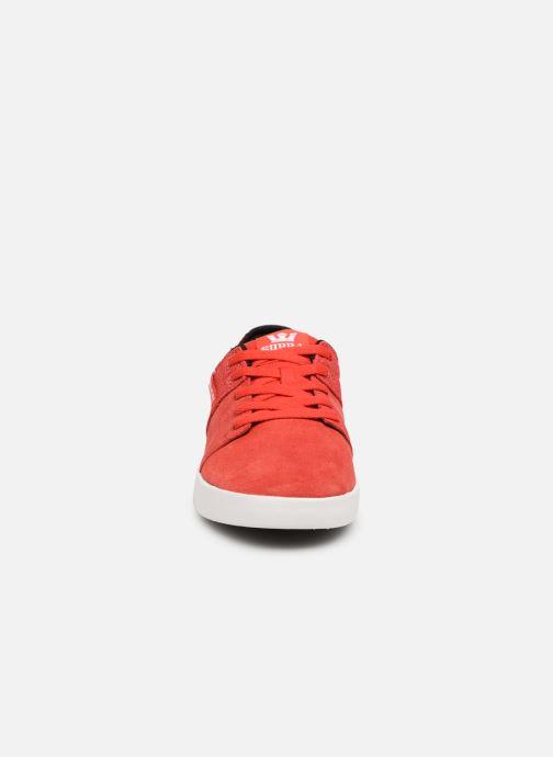 Sportschuhe Supra Stacks II rot schuhe getragen