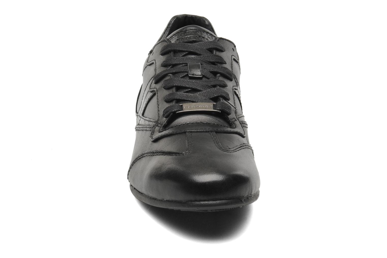 Baskets Redskins Chicosan Noir vue portées chaussures