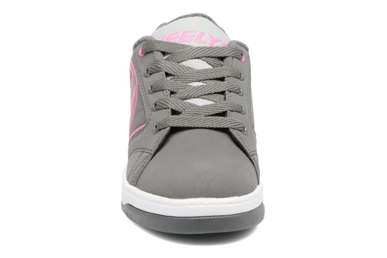 Baskets Heelys Propel 2.0 Gris vue portées chaussures