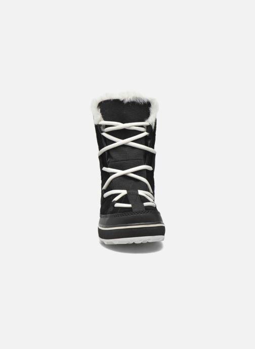 Scarpe sportive Sorel Glacy Explorer Shortie Nero modello indossato