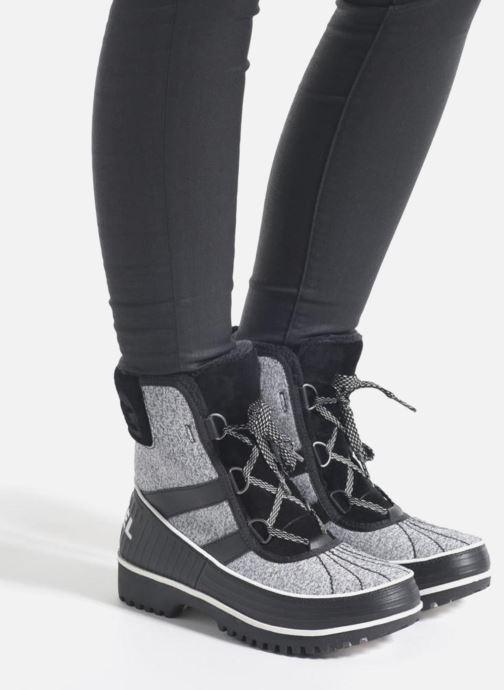 Sport shoes Sorel Tivoli II Black view from underneath / model view